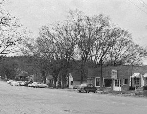 West Washington Street viewed from courthouse